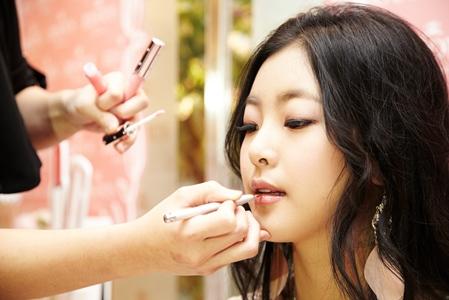 มิส คิม วอน ฮี (2)